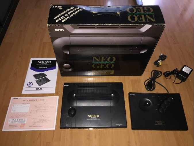 Neo Geo AES SNK console system boxed