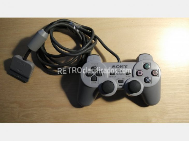 Mando Playstation 1 en perfecto estado