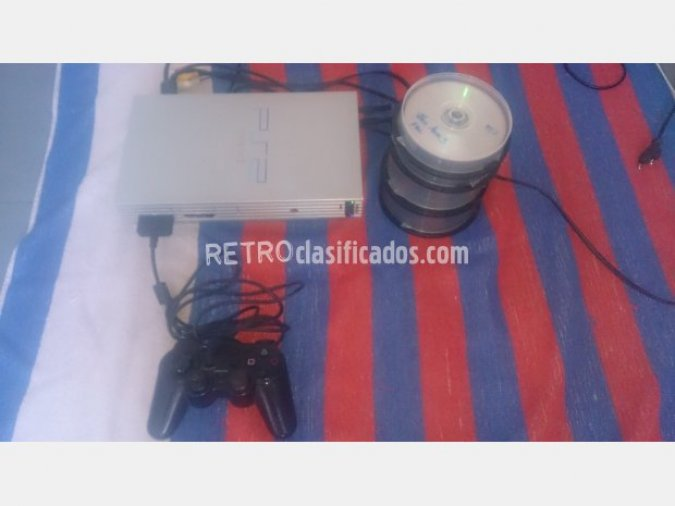 PS2 con chip matrix, mando y juegos
