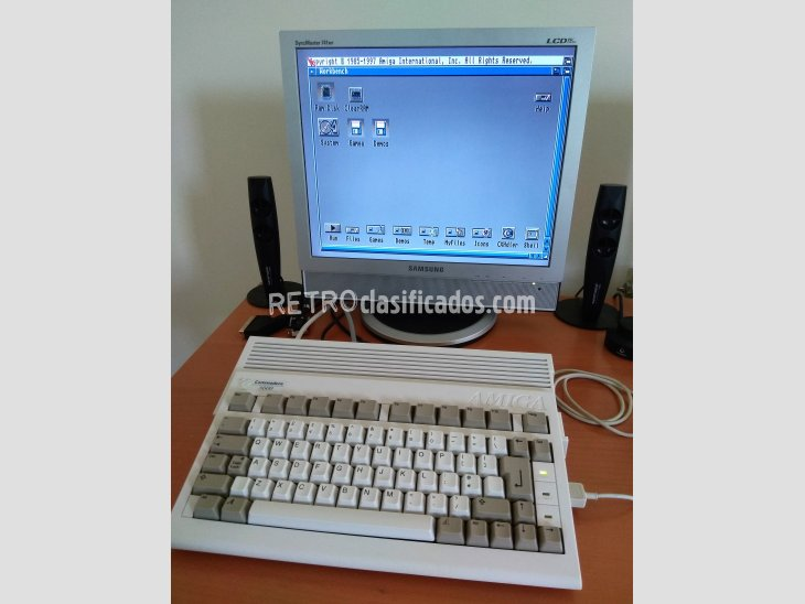 COMMODORE AMIGA A600 4