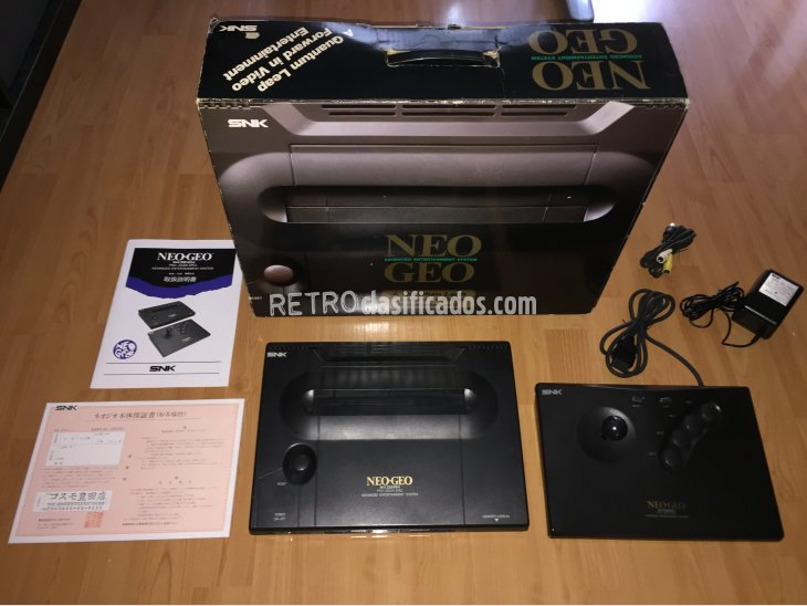 Neo Geo AES SNK console system boxed 1