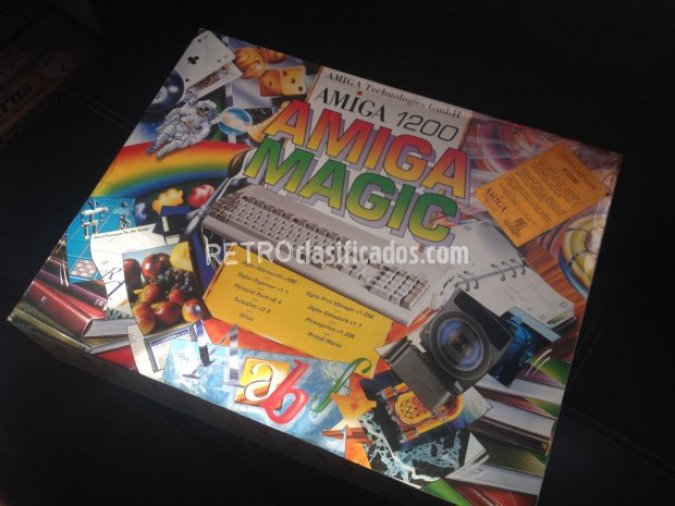 Amiga 1200 ( Amiga Magic Pack )