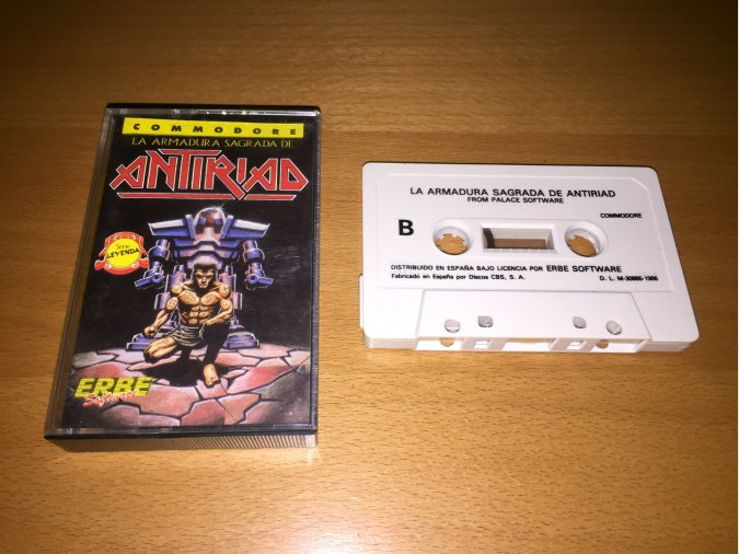 La Armadura Sagrada de Antiriad Commodore 64