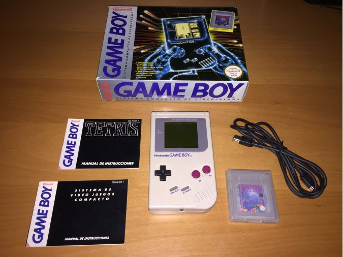 Game Boy Clasica consola original completa
