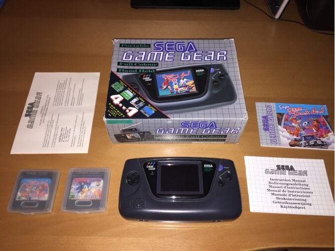 Game Gear consola portatil original con juegos
