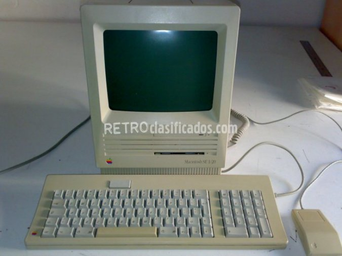 APPLE MACINTOSH SE 1/20 de 1988