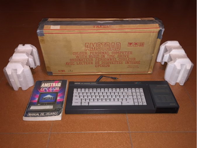 Amstrad CPC 6128 Computer System Boxed