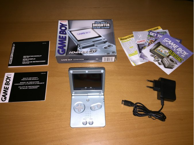 Game Boy Advance SP Backlit Screen AGS-101